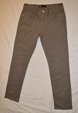 AUTHENTIC Levis Skinny Mid Rise WOMEN'S Jeans. Size: W:30 L:32   (20, B1)