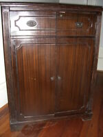 Vintage Liquor Wine Cocktail Cabinet Bar  Cupboard 1940's