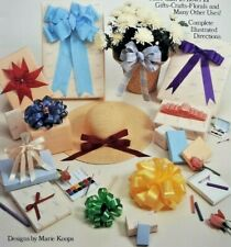 """1985 Bowmaking Instruction Book """"The Bow Book"""" 20 Styles Gifts Craft Floral 6840"""