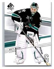 (HCW) 2014-15 Upper Deck SP Authentic #33 Antti Niemi Sharks NHL Mint