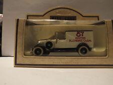 LLEDO DG22010 1933 PACKARD TOWN VAN - HEINZ 57 VARIETIES - RARE