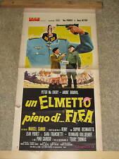 LOCANDINA ORIGINALE DEL FILM UN ELMETTO PIENO DI FIFA