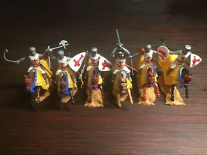 Timpo 1st Series Crusaders/ Knights Of St John Mounted - Complete Set - 1970's