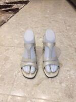 Easy Spirit Womens Sandals Size 7 Leather Slip-On off white