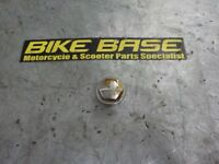 GILERA DNA 50 125 180 TOP YOKE NUT