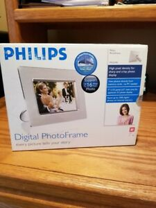 """Philips 7FF2CME 7"""" Digital Picture Photo Frame"""