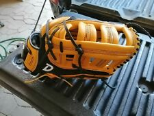 DUDLEY THUNDER SERIES DT1400 14 INCH SOFTBALL GLOVE  RARE