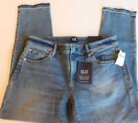 NWT GAP Women's Girlfriend Mid Rise Denim Jeans Raw Hem 2 4 6 MSRP$60 New