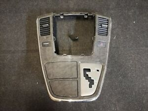 Toyota Alphard ANH10 MNH10 Centre Console Panel