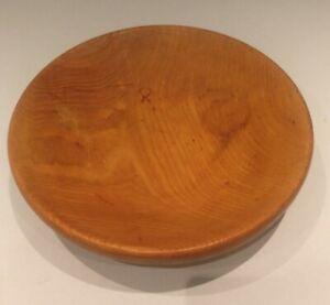 Vintage solid wood fruit bowl. D28cm x H7cm