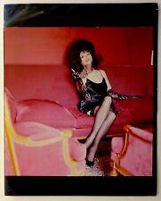 Photo Helmut Newton - Claudia Cardinale - Epreuve argentique d'époque 1989 -