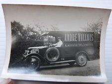 photo ancienne : Voiture de livraison RENAULT