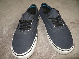 Vans Low Top Gray Sneakers Men's 9.5 Shoes Black Tie Laces