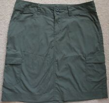 Patagonia womens green quick dry lightweight athletic hiking travel skirt size 4