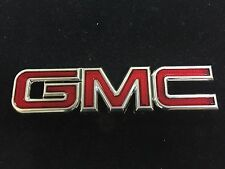 New GMC Yukon 1500 Acadia ENVOY SONOMA SAFARI SAVANA Rear Red Emblem Badge