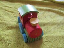 petit train en bois plus ou moins 18 cm