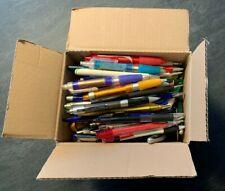100 neue Werbe-Kugelschreiber bund sortiert Wert ca. 50 Euro