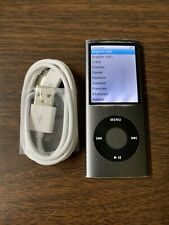 Apple iPod nano 4th Generation Black (8 GB) Bundle