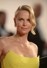 Charlize THERON A4 Photo 28