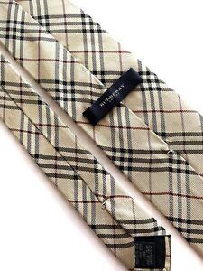 Burberry Tie  Cravatta, Tie Classic  100% Silk  Made in England.
