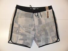 "Oneill Men's Board Shorts ""Santa Cruz Original Scallop"" CRM - Size 38 - NWT"