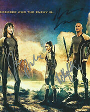 **The Hunger Games: Catching Fire *MOVIE CAST* Signed 8x10 Photo PROOF COA**