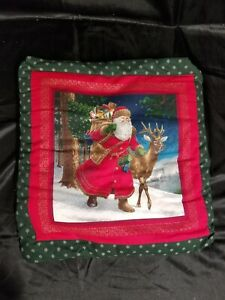 VTG CHRISTMAS SANTA RED LAP QUILT IN FOLD UP ATTACHED HOLDER