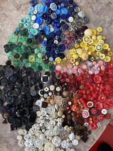 Mega Lot 575+ Vtg Buttons Plastic Colt Mfg Similars Plastic Bakelite Celluloid