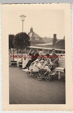 (F5687) Orig. Foto Hamburg Landungsbrücken, Kinder im Kinderwagen 1939