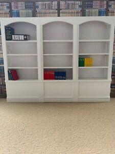 Dolls House Emporium furniture - White 3 section book shelf - beautiful
