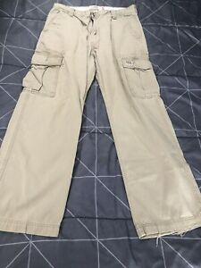 "Men's ""Levi's Workwear"" Loose Straight Kaki Cargo Pants Size 36x31 (tag 34x32)"