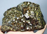 New  Beauty Andradite Golden Hair Garnet Crystal Mineral Specimens/China
