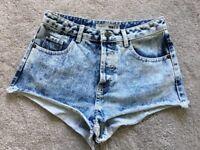 Topshop Moto Acid Wash Denim Hot Pant Shorts W26 8 90s Grunge