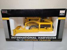International IH TD-14 Crawler Dozer - SpecCast 1:16 Scale Model #ZJD183 New!