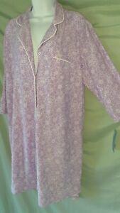 "Hanes  Purple White Sleepshirt Nightgown Long Sleeve Large  50"" BUST"