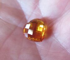 SAPHIR VERNEUIL COEUR ECHIQUIER JAUNE D'OR 12x12 mm ..8,44 cts