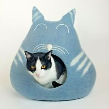 Sleepy Kitty Walking Palm Cat Cave Pet Bed Large For Cats and Dogs