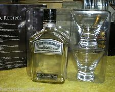 Gentleman Jack Daniels Tennessee Whiskey Bottle w 2 Etched Glasses Collector Set