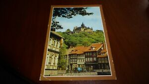Postkarte Wernigerode Schöne Ecke mit Blick zum Schloß Karte ist von 1985