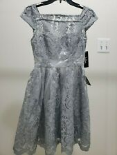 Ladies Knee Length Party Dress by Lulus XS Silver