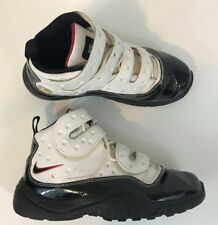 dc1a94e8f0ad0e Nike Air Zoom Sharkley Retro Size 7 Youth Black White Leather