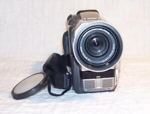 PANASONIC NV-MX5B CAMCORDER MINI DV, Megapixel, Focus ring, VGC. 1-yr warranty