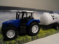 TOY FARM SET TRACTOR AND TRAILER BLUE MODEL FARM TRACTOR WITH TRAILER FARM PLAY