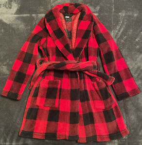 Boy's Red & Black Buffalo Plaid Robe from Old Navy, Size S (6-7) - Pre-Owned