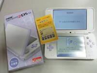 Nintendo 2DS LL White × Lavender Japan game