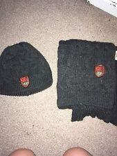 Genuine Ladies Ugg Hat And Scarf Set