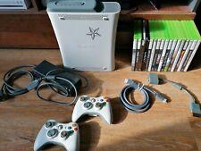Microsoft Xbox 360 Elite 60GB Weiß Spielekonsole mit 2 Controllern & 17 Spielen