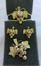 Vintage Sterling Silver Grapes & Leaves Bracelet Pendant/Brooch and Earring Set