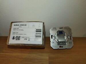 Gira System 2000 Tronic Schalteinsatz 086600