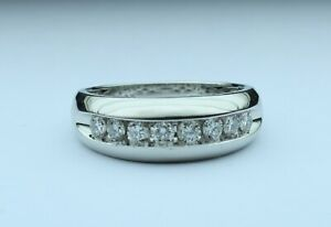 Men's 1cttw 8 Diamond band H-I SI2 10kt white gold size 9.5 TIMELESS CLASSIC